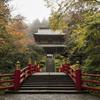 雨の雲巌寺