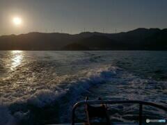 釣り場に向かう渡船から