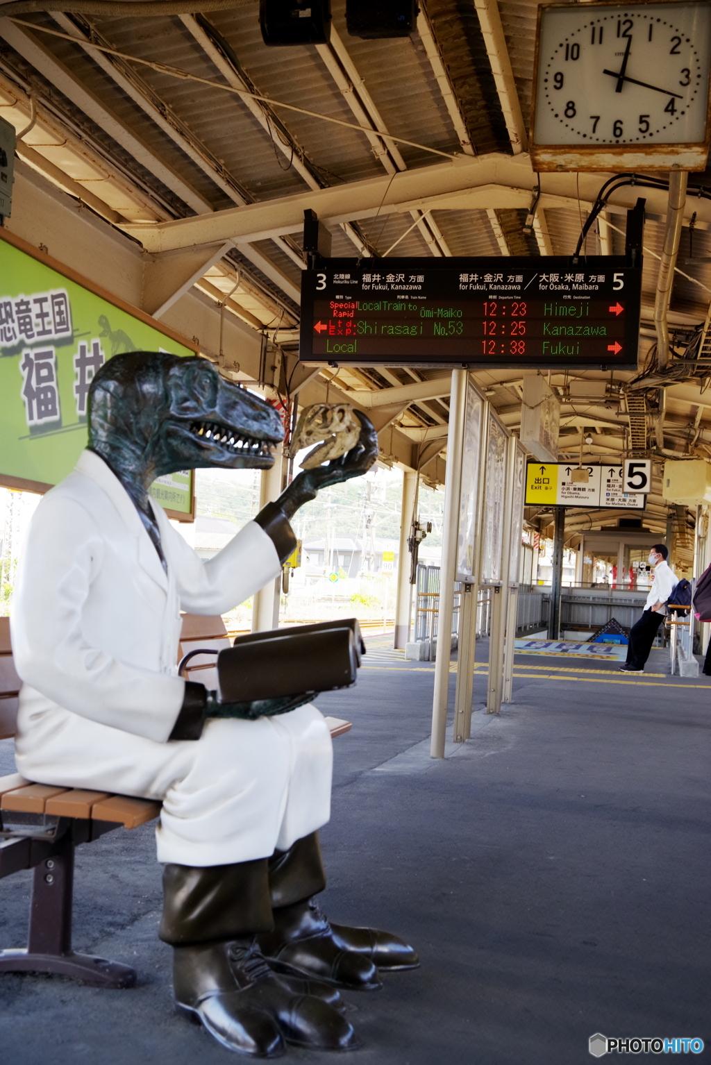 お久しぶり!あなたも電車待ち?