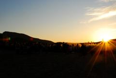 日が落ちるぞ、みんな写真撮れ!