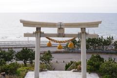 金沢への帰り道にちょっと寄り道 海岸沿いの神社