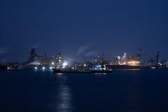 名港トリトン付近