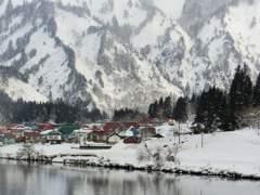 はじめての雪景色の大志集落