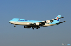 「青い日」 KOREAN 747-8 HL7609 Landing