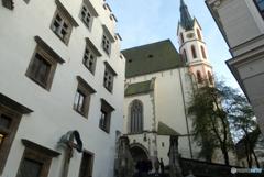 チェコ南部(501)チェスキー・クルムロフの教会
