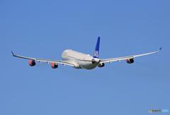 「青が好き」 スカンジナビア A340-313 OY-KBI Takeoff