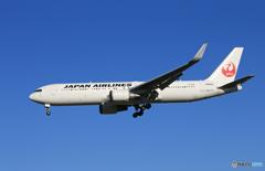 「良い空~」JAL 767-346 来た~