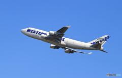 「青い日」WGA 747-400 N344KD Takeoff