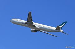 「青い日」 Cathay 777-367 B-HNI  Takeoff