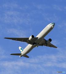 「あおぞら」 Cathay 777-367 飛び立ちです