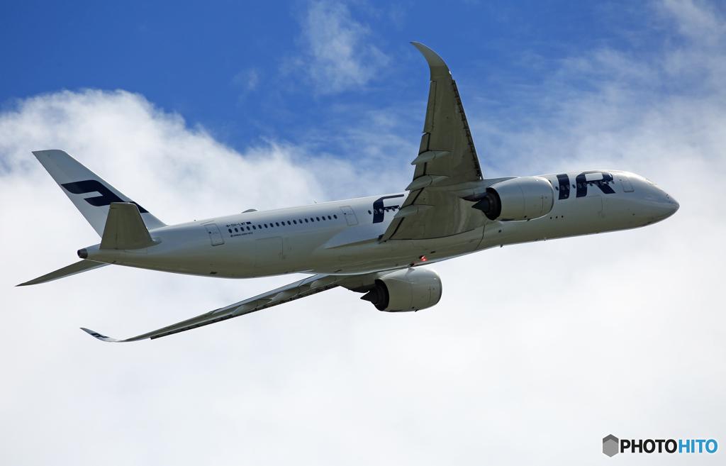 「空色」 Finnair A350-941 OH-LWF 飛行