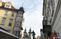 チェコ(397)プラハ教会の空間