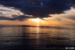 ☮  東 京 湾 と 後 光 ☮
