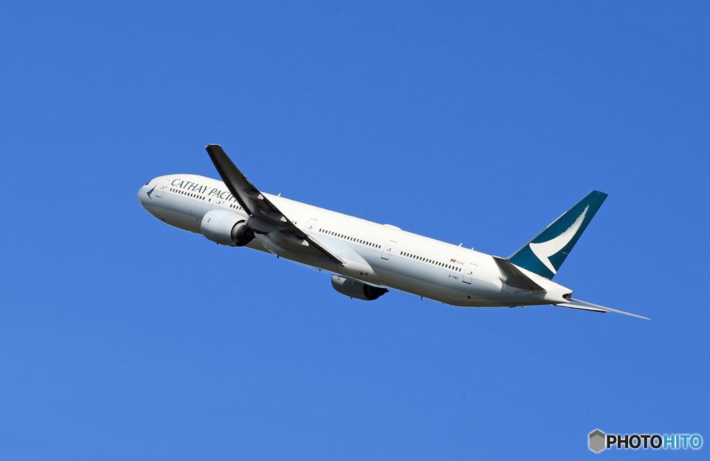 「良い天気」Cathay 777-367 B-HNF  出発です