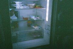 殺風景な冷蔵庫内