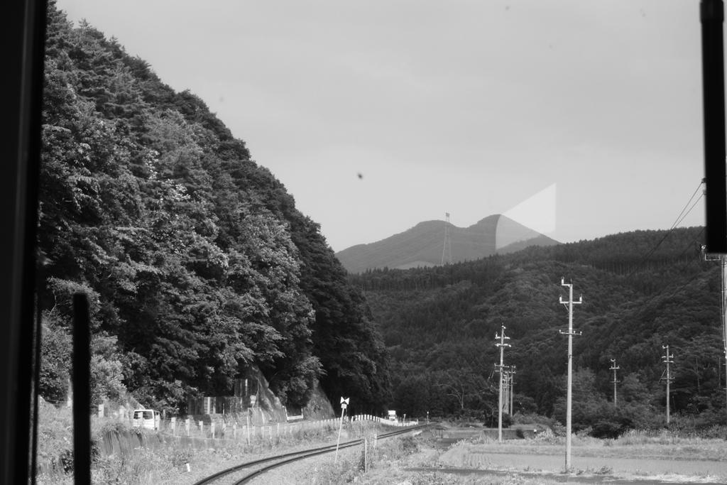 前方に山が見えてきた