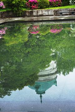 水面の表慶館
