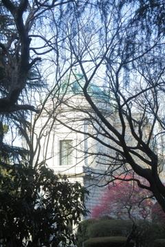 表慶館の窓