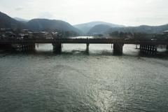 奈良線車窓 宇治橋