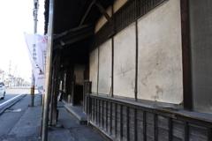 蕎麦屋の壁