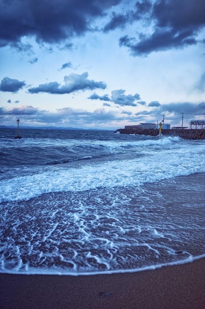 淡路の浜辺
