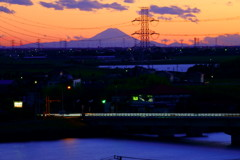 権現山公園から望む富士