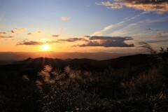 里山の朝陽
