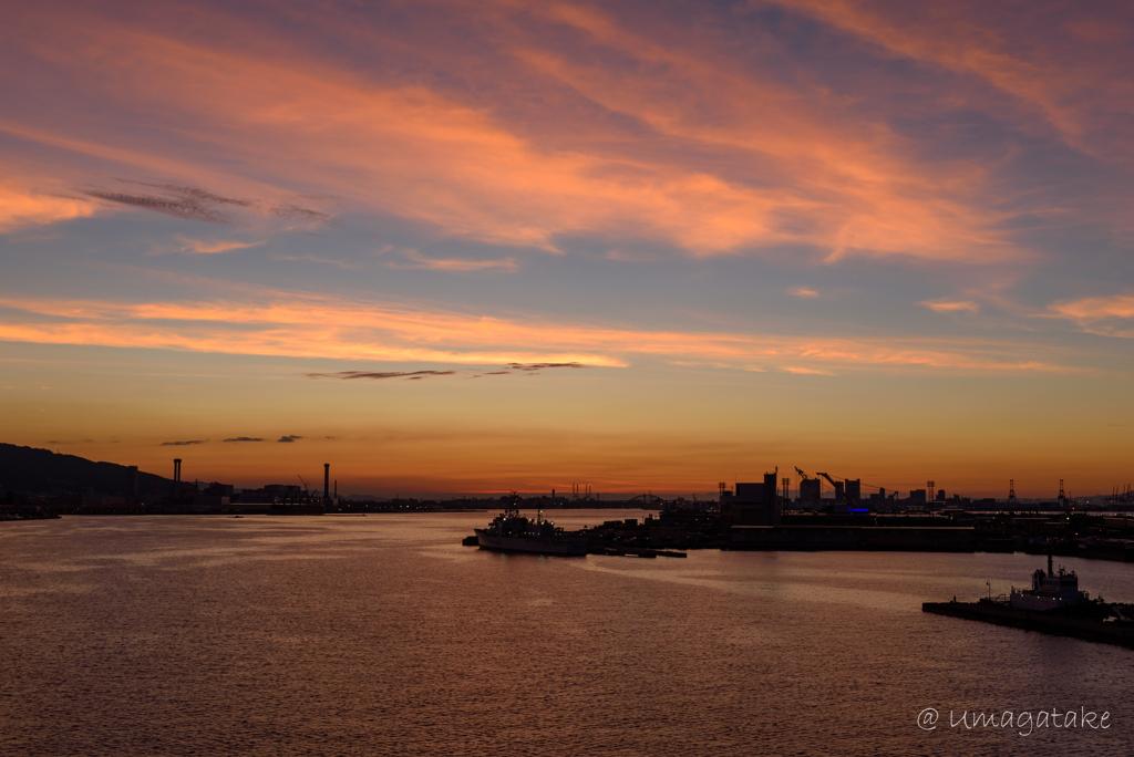 大阪湾の目覚め