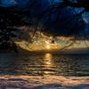 支笏湖に沈む夕日