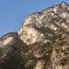 興山の絶壁地帯