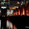 川面に揺れる大阪