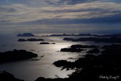 真珠色の海に浮かぶ九十九島