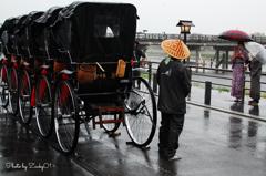 秋雨人力車