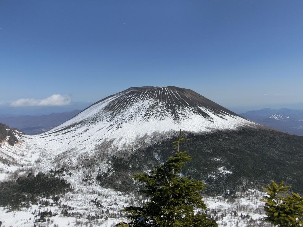 黒斑山から見た浅間山
