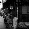 古書店、街角、流れる時間