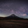 2021初の富士と天の川