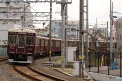 瓦斯踏切にて阪急7300系
