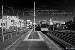 平野駅にて