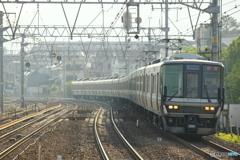さくら夙川駅にて223系