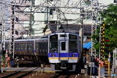 貝塚駅にて南海8000系