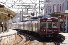 千里山駅にて3300系