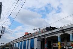 野田駅にて323系