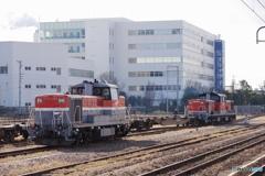 四日市駅にてDE10&DD51