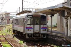 府中駅にてキハ120