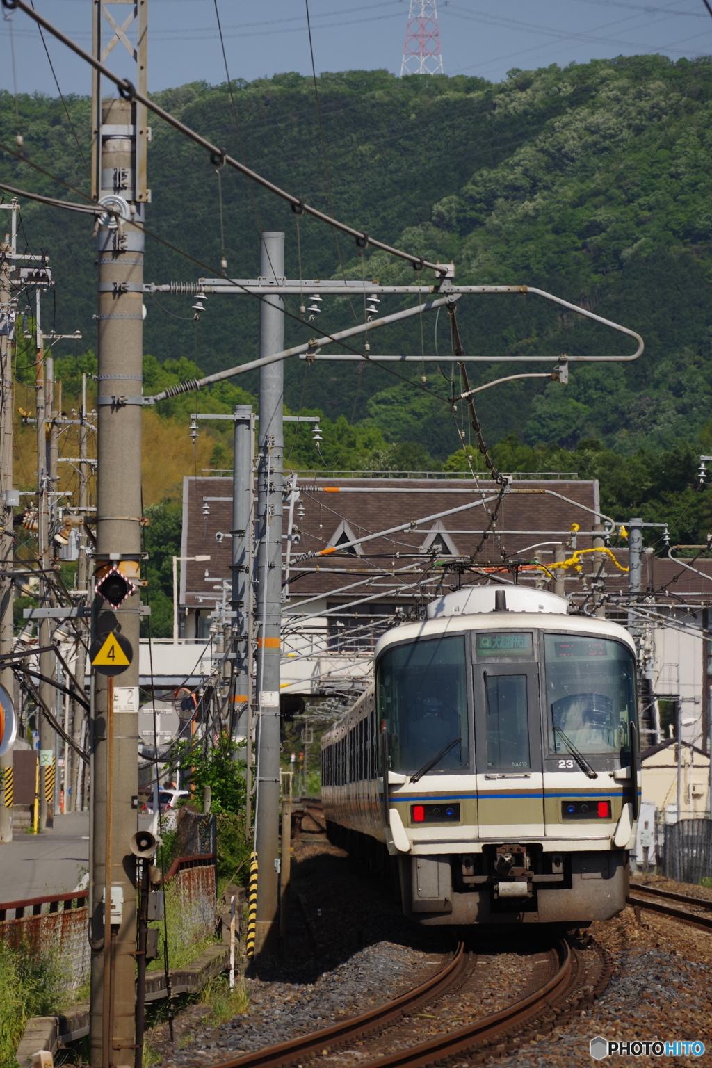 大和路線の221系