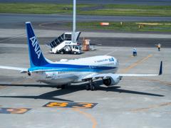 全日本空輸 B737-881 JA86AN
