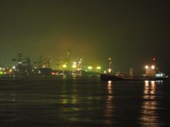 名古屋港あたり