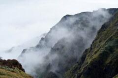 仙人の住む岩峰