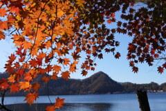 紅葉の榛名湖1