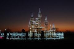 暮れ行く光の城